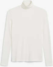 Stretchy turtleneck top - White