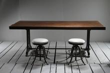 Fantastiskt matbord med raka ben - med förlängningsskiva (160x90 cm (Max 240 cm))