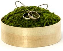 Trälåda med Grön Mossa till Ringar - Ringkudde 12 cm