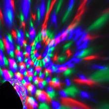 Pyörivä Diskopallo - Magic Ball pyörii ja sykkii musiikin tahdissa