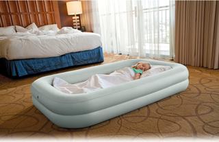 Intex Kids Travel Bed Set børneluftmadras