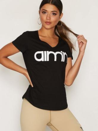 Topper Kortermede - Svart Aim'n Logo T-Shirt