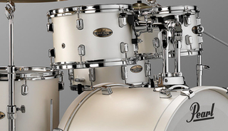 Pearl Decade Maple Standard drumset - hardware included White Satin Pearl