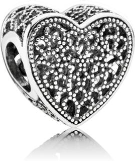 Pandora Fylld med romantik