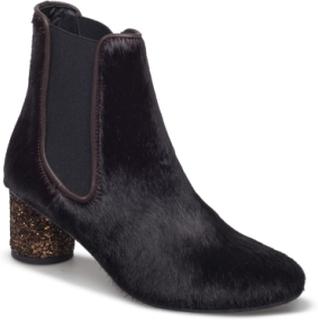 Anita, 284 Anita Boots Garnet