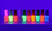 UV nail polish Violet