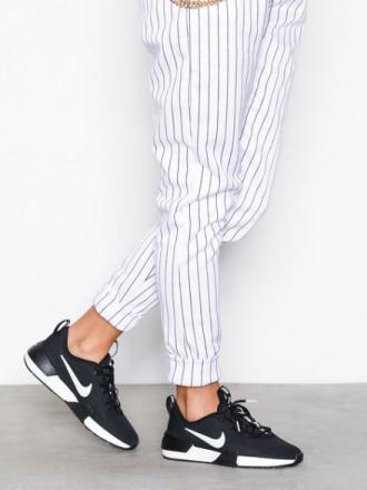 Sneakers - Svart/Hvit Nike Ashin Modern