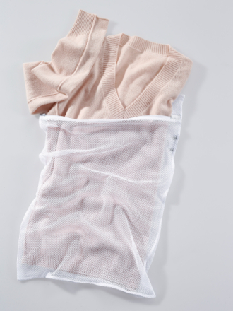 Tvättpåse, ca 40x60 cm. från Peter Hahn vit