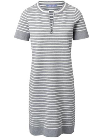Stickad klänning kort ärm från DAY.LIKE mångfärgad