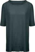 Rundhalsad tröja från Peter Hahn grön