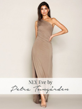 NLY Eve Draped One Shoulder Gown Maxiklänningar Beige