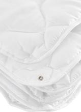 Cellbes 4 vuodenajan peitto Valkoinen