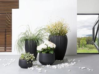 Kruka svart - blomkruka - utekruka - dekorativ - 44x44x67 cm - ARRESO