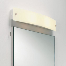 Astro Curve Spegel-/Vägglampa, Krom/Opalglas