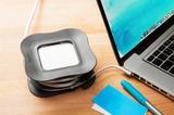 PowerCurl - Tryck in Apple adaptern och slipp slad