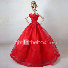 Barbie Doll Forest Prinsessa Red Dress