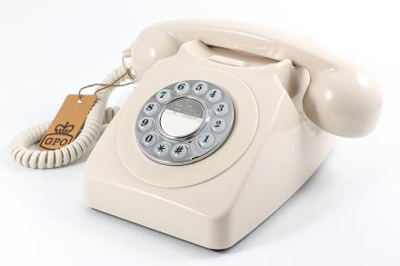 GPO 746 Telefon med snurrskiva, elfenben