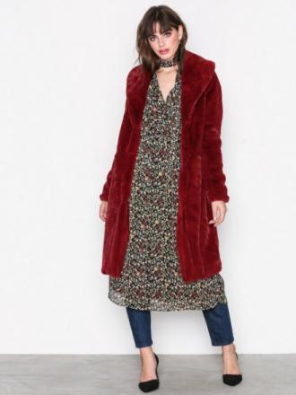 Vero Moda Vmlux Long Faux Fur Jacket Faux Fur Mörk Röd