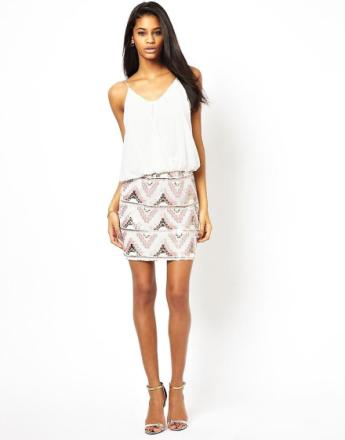 TFNC Cami klänning med mönster paljett kjol UK storlek-S