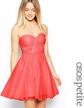 ed6076231977 ASOS PETITE Bandeau klänning med vridna livstycket UK storlek 8