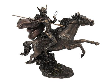 Norrøn Valkyrie på kjører hest Statue Valhalla Viking