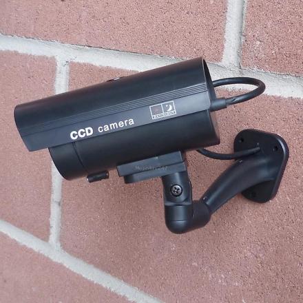 Hyfive Fake innendørs/utendørs CCTV sikkerhetskamera med Flasching LED