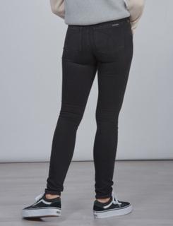 Calvin Klein, SKINNY HR WORN BLACK STR, Sort, Jeans till Pige, 12 år