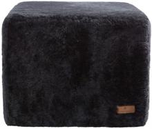 Emma - Fårskinnspuff - Asphalt 50x40
