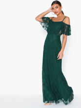 NLY Eve Dream Off Shoulder Lace Gown Grønn
