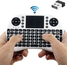 Langaton mini näppäimistö touchpad - kosketuslevyllä