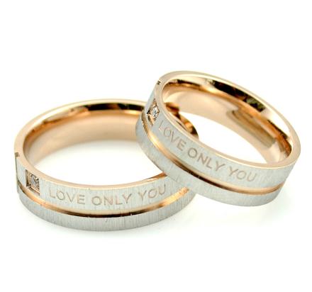"""Parringar """"Love Only You"""" i Rostfritt stål -Guld"""