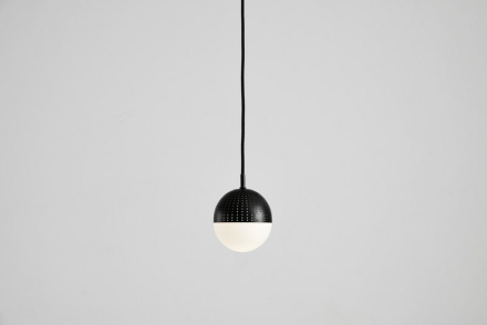 Dot pendant, small black