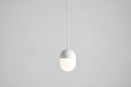 Dot pendant, medium white