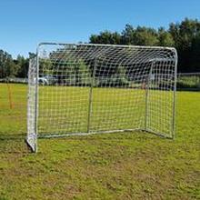 Jalkapallomaali Avyna Iso