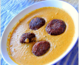 Panner Stuffed Cauliflower Kofta Curry