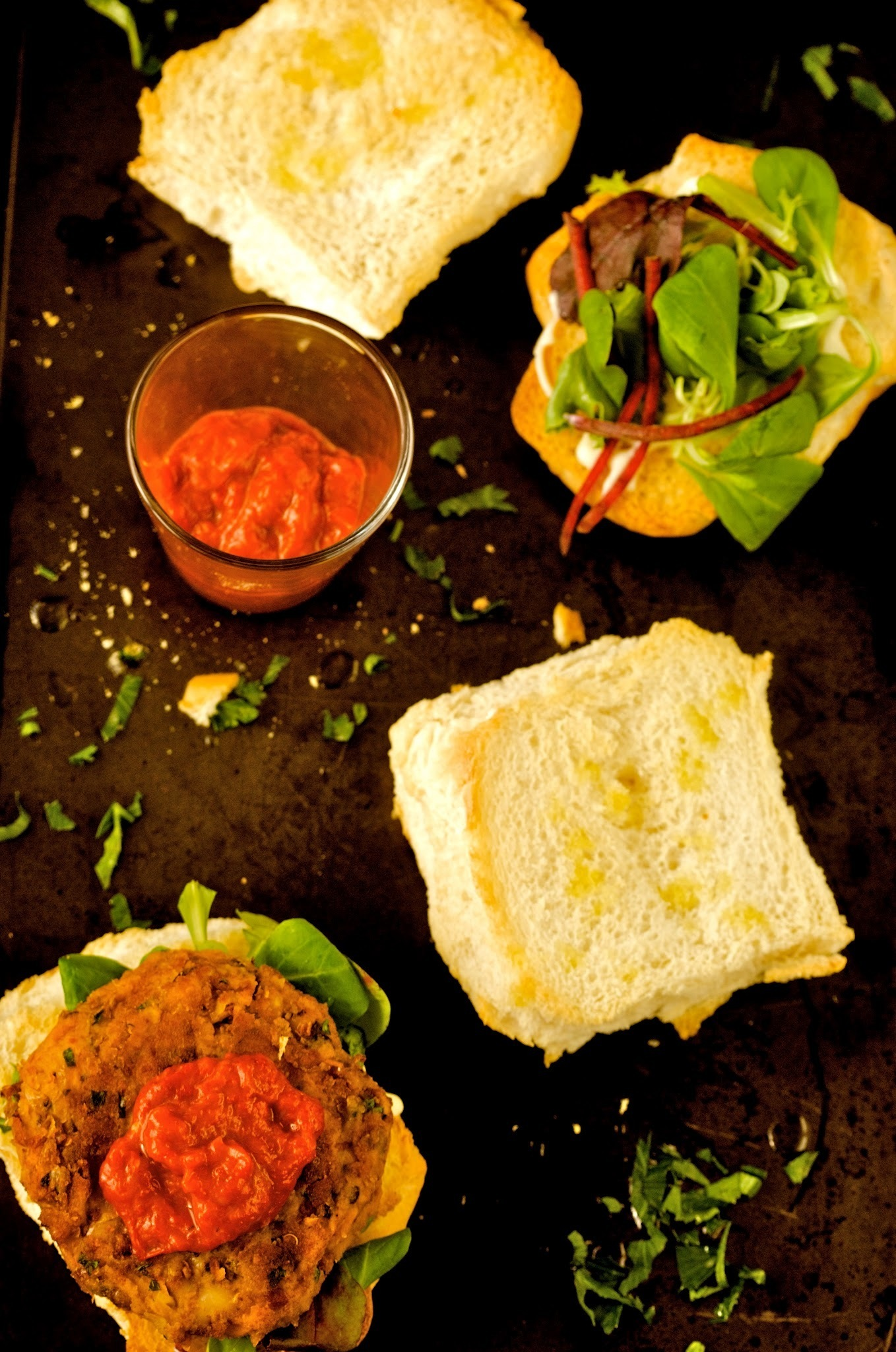 VEGGIE BURGER WITH ROASTED RED PEPPER DIP