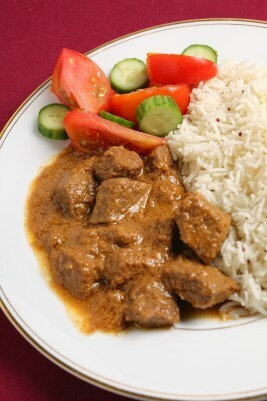 Massaman Curry with Beef in the Slow Cooker (crockpot)