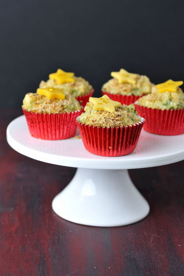 Red Carpet Mac & Cheese Broccoli Cupcakes