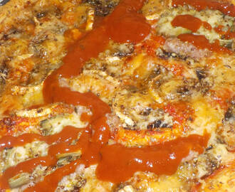 Pizza de longaniza halloween