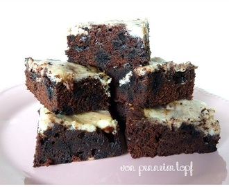 Oreo Cream Cheese Swirl Bars nach New Kitchen on the Blog