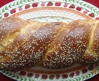 Poppy, Sesame Seed Challah = The Best Egg Sandwich EVER!