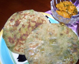Mutter Ka Paratha (Stuffed Peas in  Indian Style flat Bread)