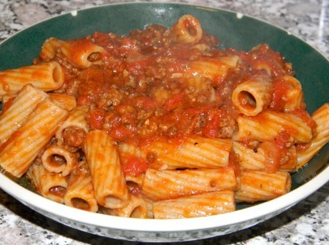 Homemade Meat Sauce with Red Wine