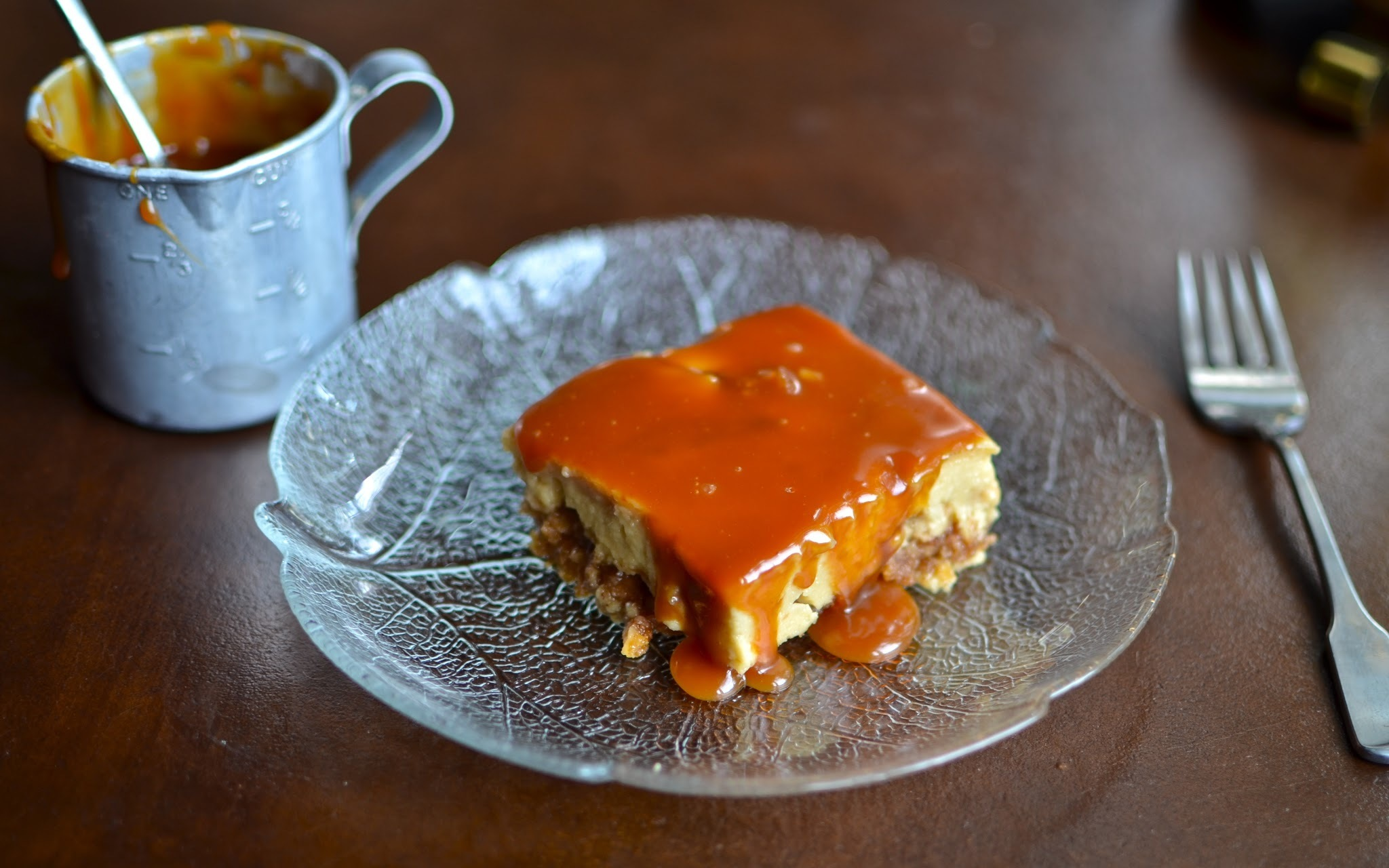 Caramel Apple Toffee Cheesecake Bars