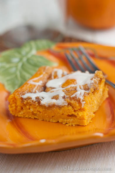 Cinnamon Roll Pumpkin Sheet Cake