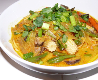 Vegetarian Khao Soi (Northern Thai Coconut Curry Noodles)