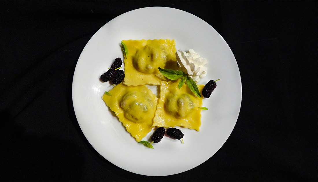 Равиоли с шелковицей (Ravioli with Mulberry)