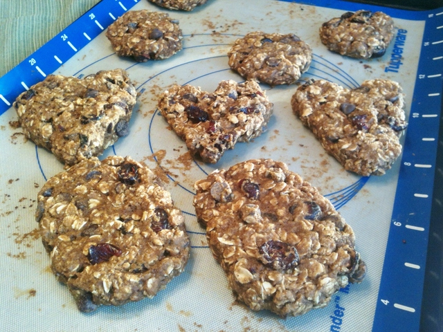Heart-healthy Pumpkin Oatmeal Chocolate Chip Cookies