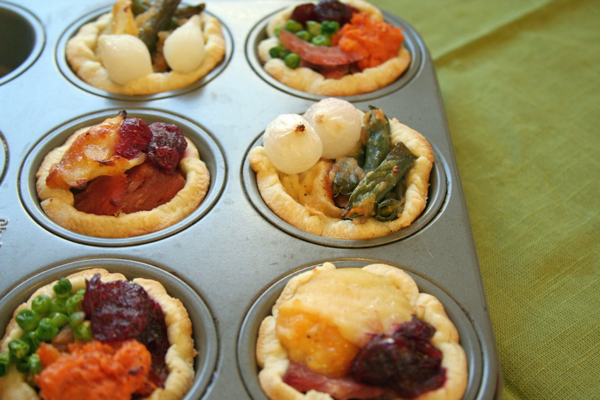 Thanksgiving Leftover Mini Pies
