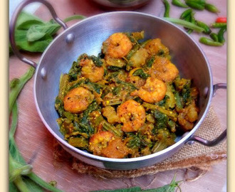 Chingri Mach diye Lau Shak-er Charchari ( Bottle Gourd Greens with Pawns ~ a Bengali Delicacy)
